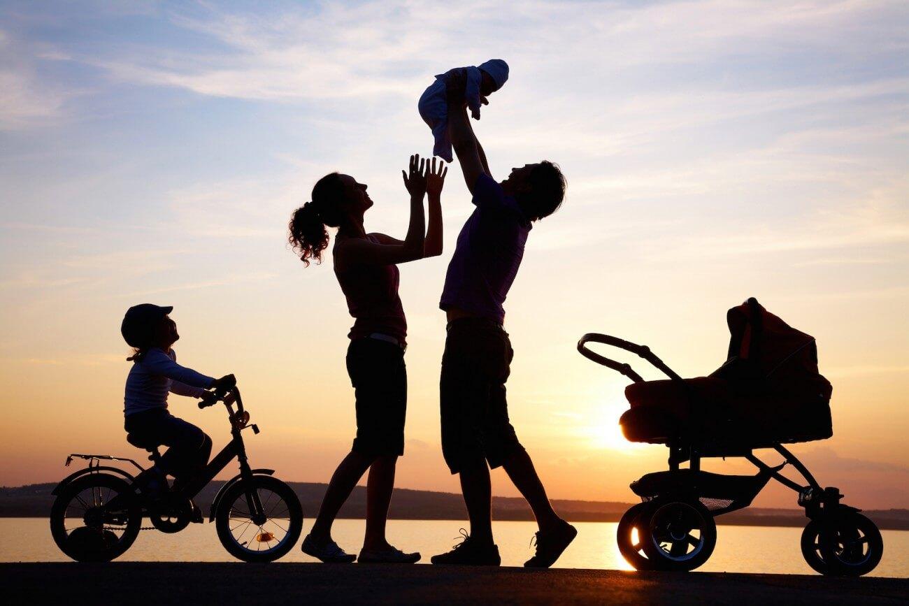 Tình yêu nảy nở giữa cha mẹ và con cái