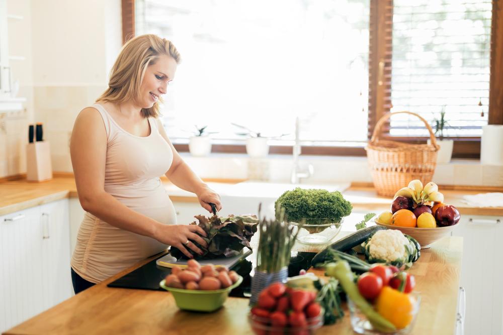Dinh dưỡng thai kỳ là một trong những nguyên nhân của hiện tượng xương đùi ngắn ở thai nhi