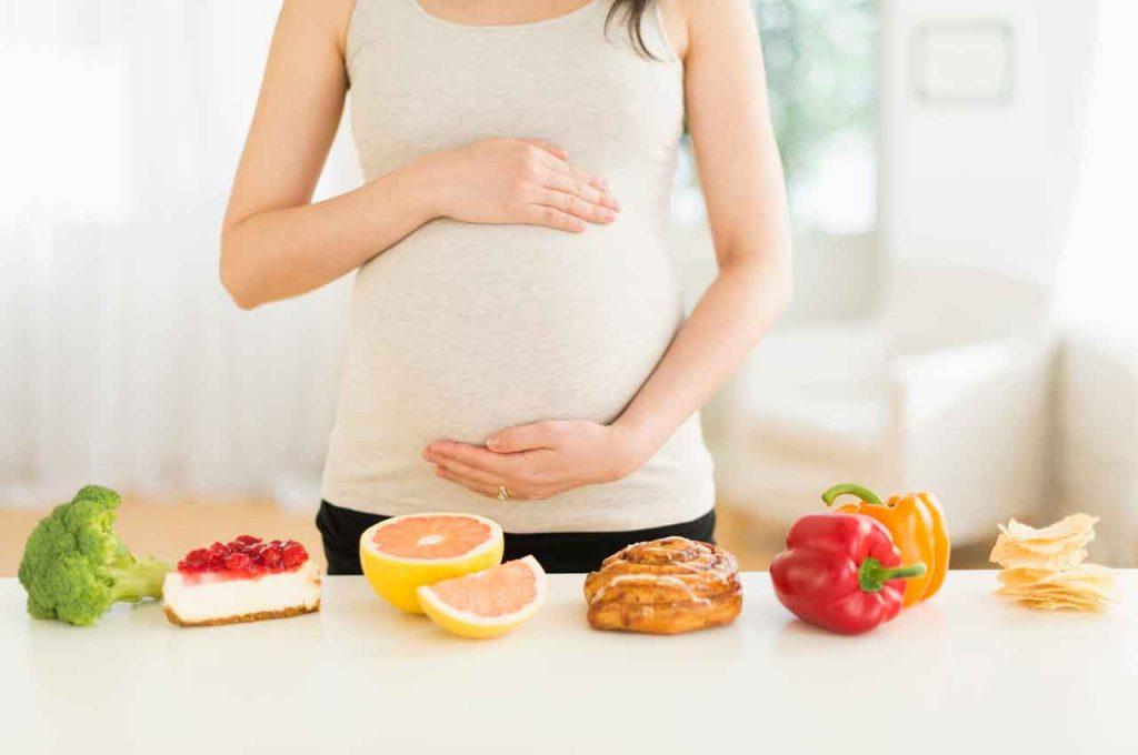Bổ sung dinh dưỡng giúp con yêu đủ cân