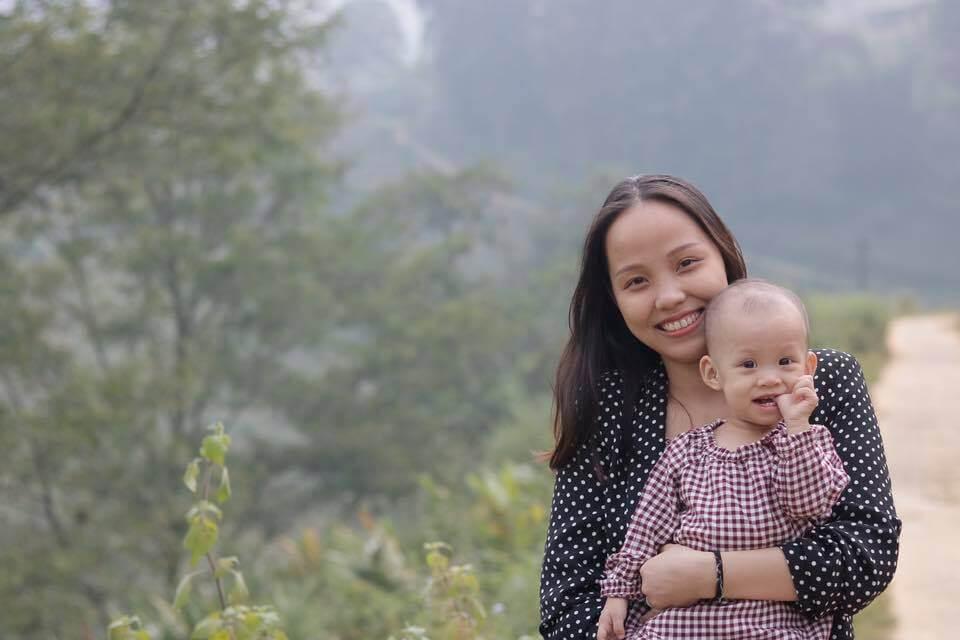 Mẹ Tâm Bùi và bé Tép