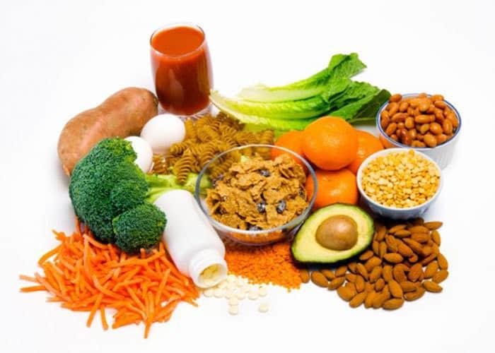 Axit folic được bổ sung qua chế độ dinh dưỡng hằng ngày