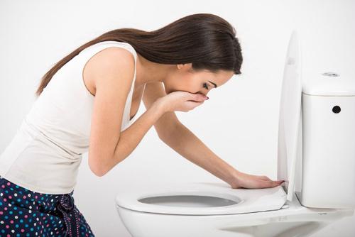 Phụ nữ có thai khi đang cho con bú cũng bị ốm nghén