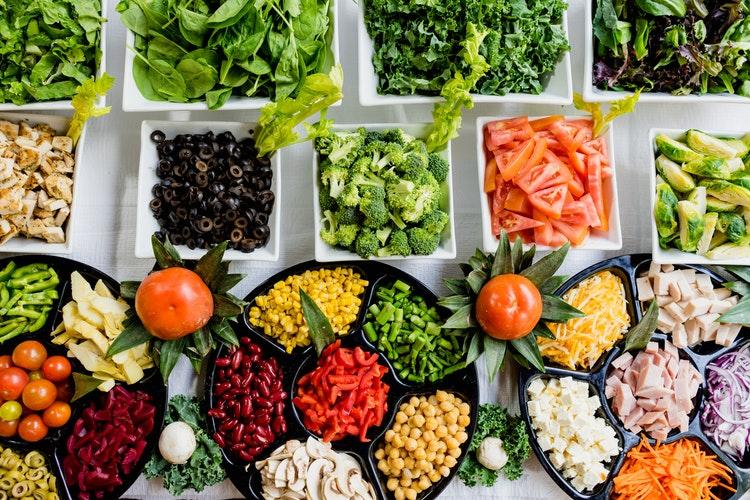 Cần phải có chế độ ăn uống hợp lí cho những mẹ bầu thừa cân