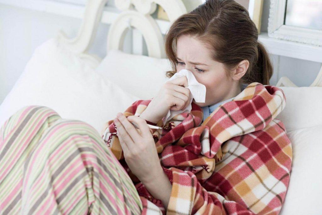 Mẹ bầu bị viêm họng khi mang thai 3 tháng đầu