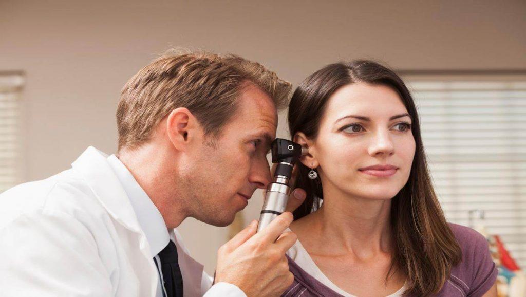 Bị viêm tai giữa chữa có khó không