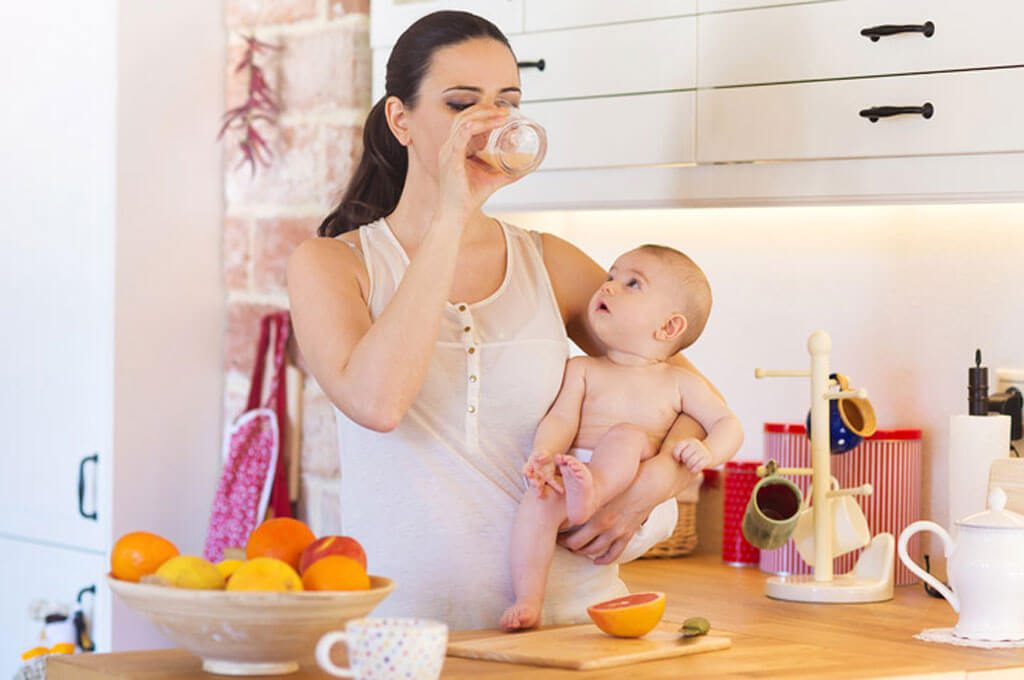 Dinh dưỡng cho bà mẹ sau sinh là vô cùng quan trọng