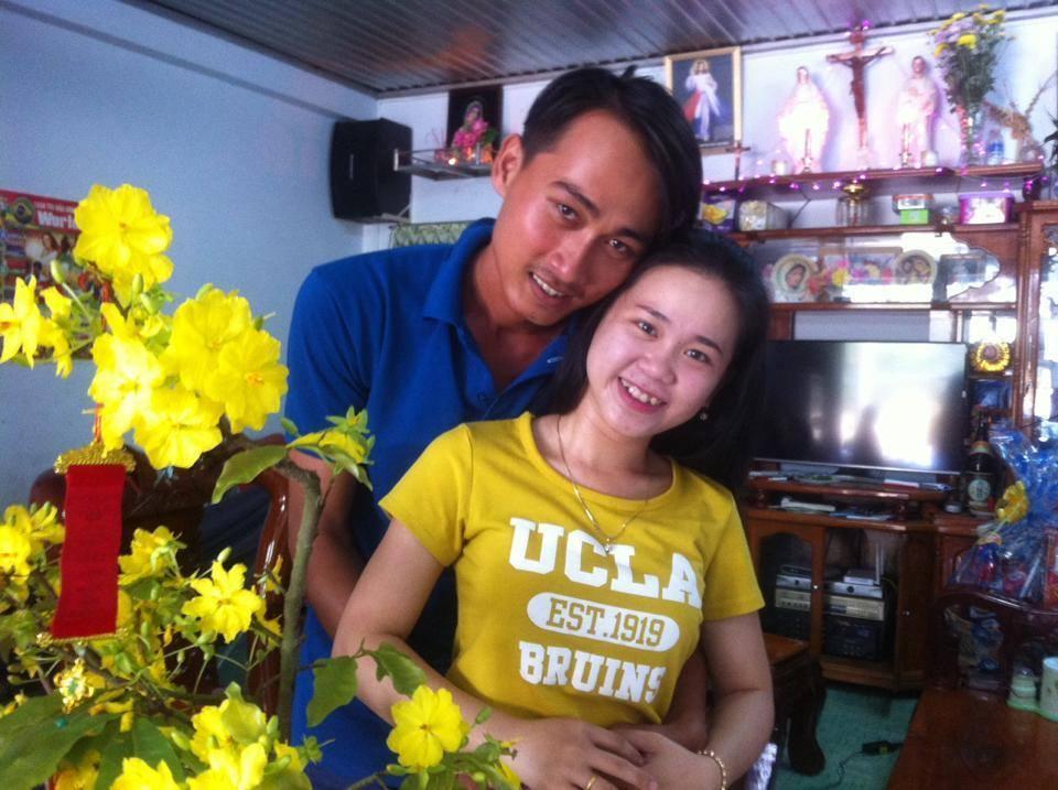 Vợ chồng Mẹ Xu Applexong