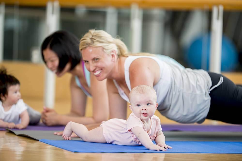 Tập thể dục sau sinh-bài tập pilates dành cho các mẹ
