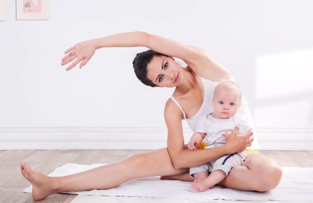 Yoga sau sinh cho mẹ