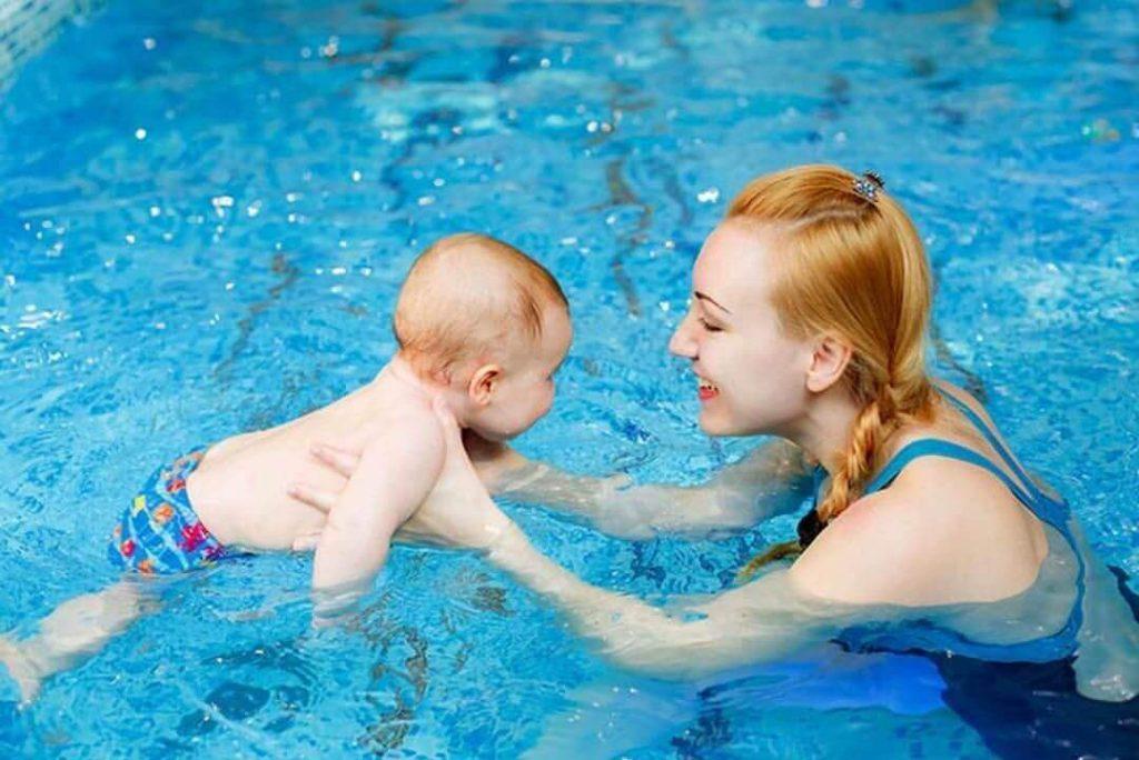 sau sinh mổ bao lâu thì bơi được